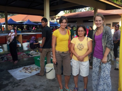 At a tamu (farmers' market)